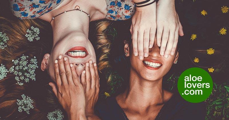 come-avere-denti-perfetti-con-aloe-vera-e-altri-prodotti-naturali-sorriso